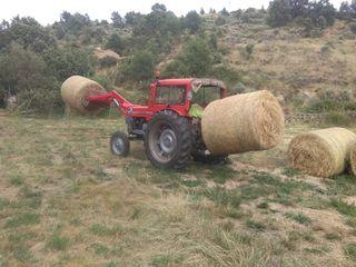 Tractor ebro 160 con pala
