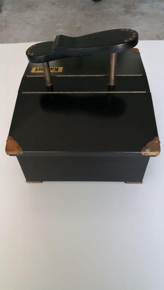 caja limpia zapatos Kanfort