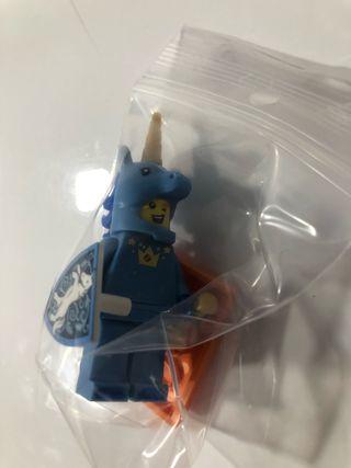 Lego Minifigura serie 18 num 17 disfraz unicornio
