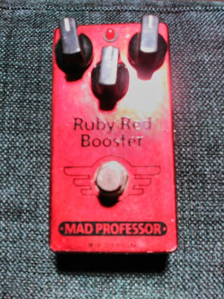 Pedal guitarra Mad Professor Ruby Red Booster