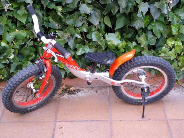 Bicicleta de Monty 202