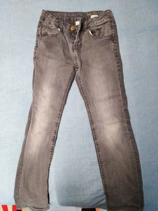 pantalon Zara gris niño talla 8 años