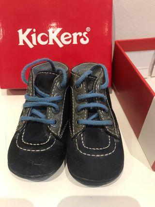 Botas Kickers bonbon azul bebé talla 20