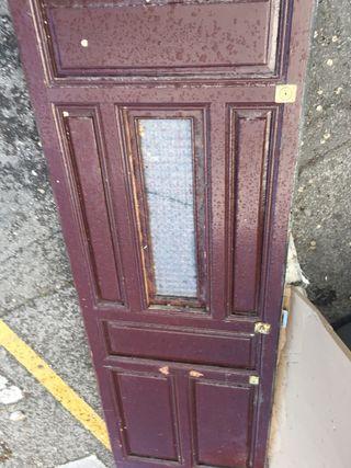 Puerta exterior antigua; Alto 2m 29cm -Ancho 77 Cm