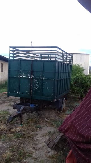 Remolque para tractor agrícola