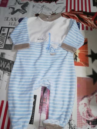 2 pijamas bebe enteros de 6 meses