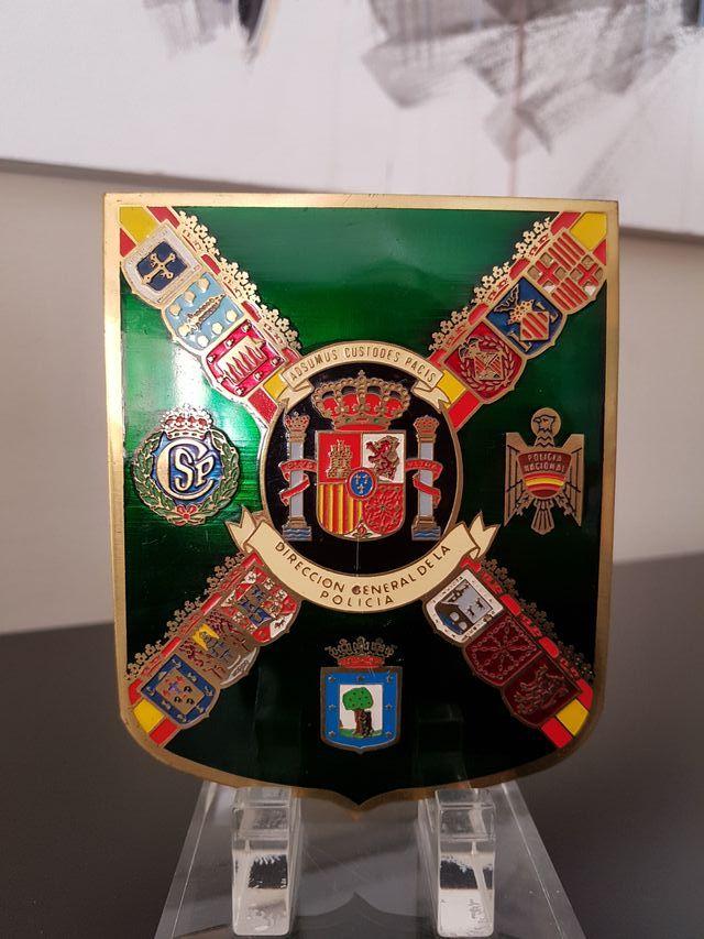 Direccion Gral. de la Policia, escudo.