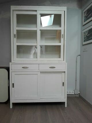 Mueble vitrina de madera moble de fusta