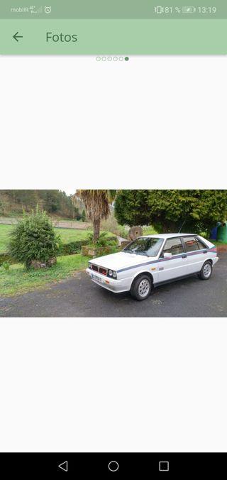 Coche clásico deportivo Lancia Delta