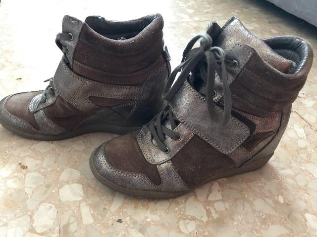 e96766e0ad4 Sneakers /botines/ Bambas plataforma piel. Num 38 de segunda mano ...