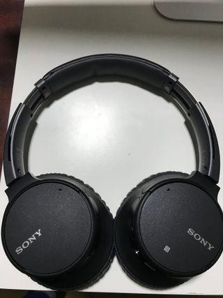 Auriculares Bluetooth Sony WH-CH700N