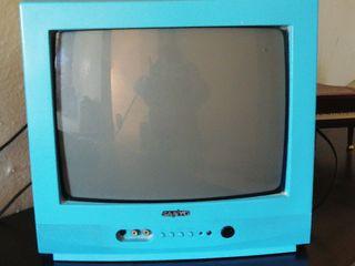 Televisor Sony antigua