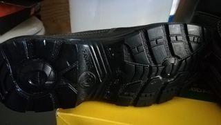 zapato bota de seguridad