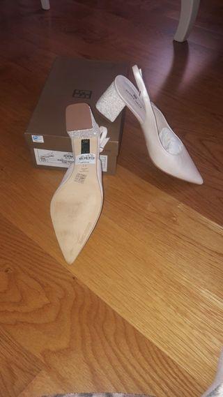 Zapatos de novia a estrenar