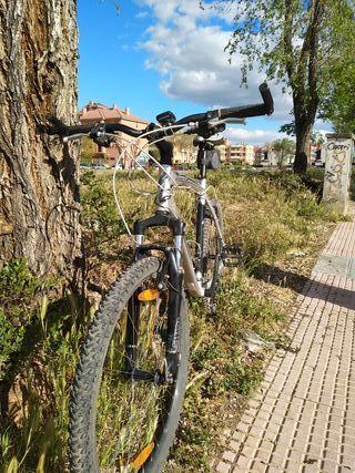 Bicicleta de montaña specialized Hard Rock