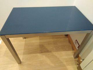 Mesa de cocina o salón