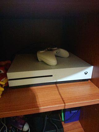 Xbox One S 1TB NUEVA