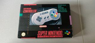 SNES controller (Super Nintendo)