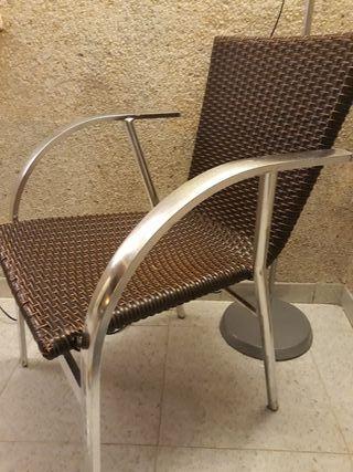 Mesa + 2 sillas terraza