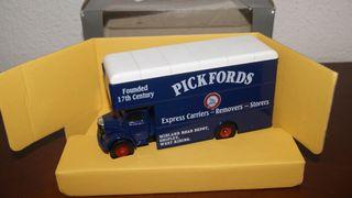 Bonito camión Bedford de corgi nuevo