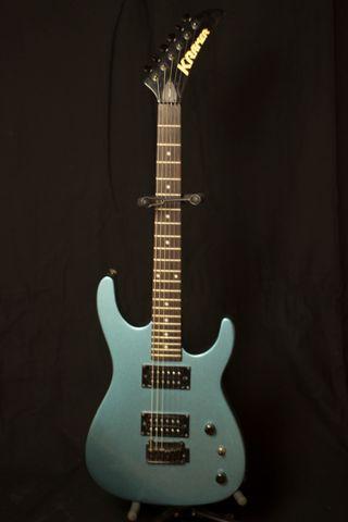 Guitarra Kramer FT202/LPB