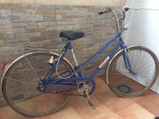 Bicicleta antigua emporium