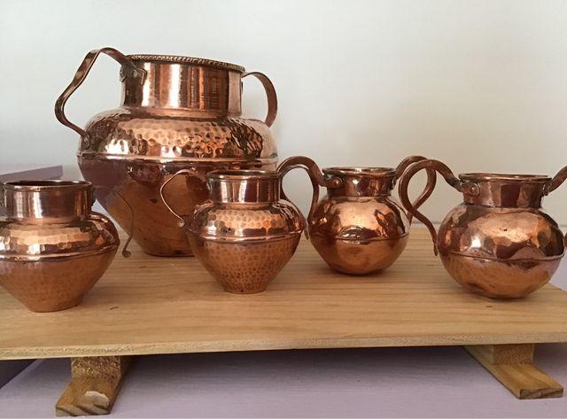 Ollas de cobre antiguas