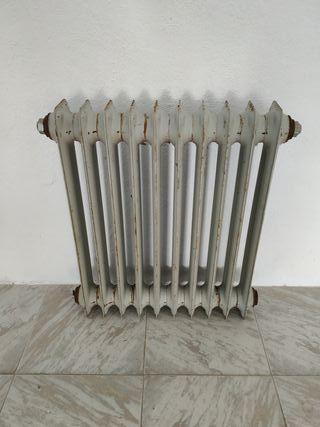 radiador antiguo de hierro