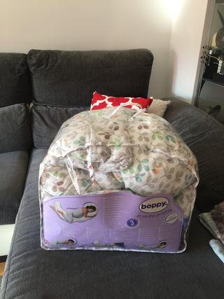 Boppy total body pillow, cojin lactancia