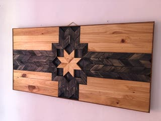 Cuadro decorativo de madera hecho a mano