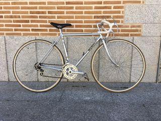 Bicicleta de carreras Mondi