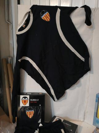 pijama oficial Valencia CF