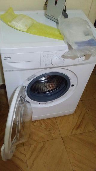 lavadora marca beco de 5 k nueva