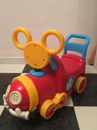 Juguete carrito Mickey bebé