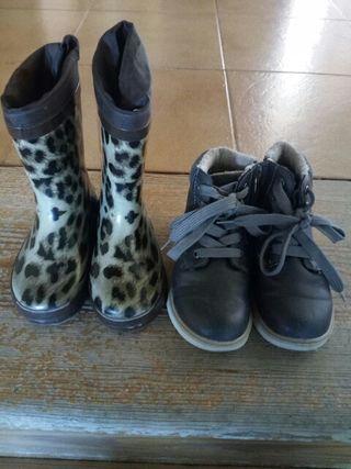 Dos pares zapatos.