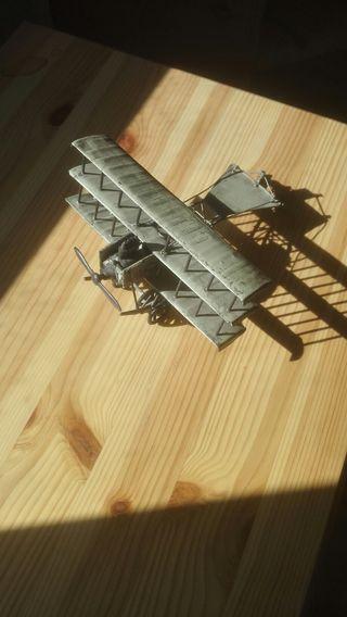 Maqueta metal avión Avro triplano