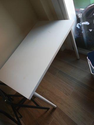 Mesa/ escritorio