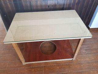 Mesa comedor con tarima