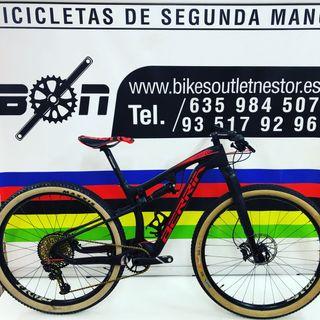 Bicicleta Berria mako pro xx1 gold eagle rs1