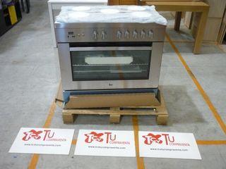 Cocina gas 5 fuegos con horno Teka inox nueva