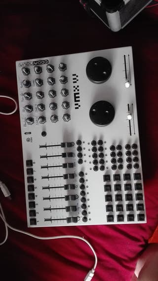 Controladora Midi para VJ- CODANOVA VMX