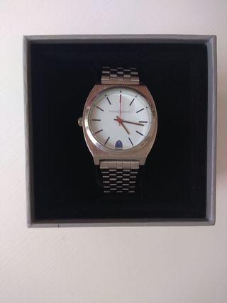 reloj ALVARO MORENO ACERO
