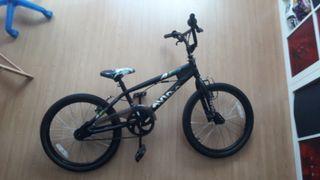 Bicicleta BMX Avigo