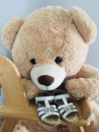 378809f2d Ropa para bebé Kiabi de segunda mano en Escaselas en WALLAPOP