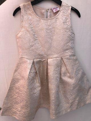 1e5540f3a8 Vestido Niña de segunda mano en Torrevieja en WALLAPOP