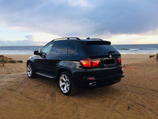 BMW X5 E70 MUY NUEVO!!