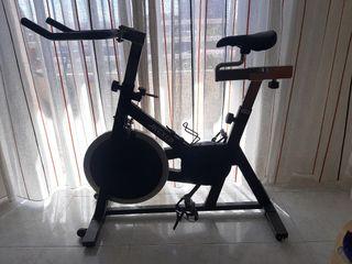 vendo bicicleta profesional de SPINNING