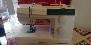 Máquina de coser nueva Husqvarna Viking