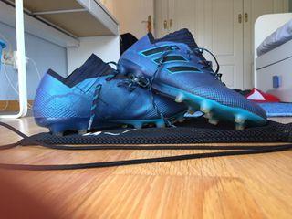 d6677d780b871 Botas de fútbol Adidas Nemeziz de segunda mano en la provincia de ...
