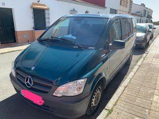 Mercedes-Benz Vito 2013